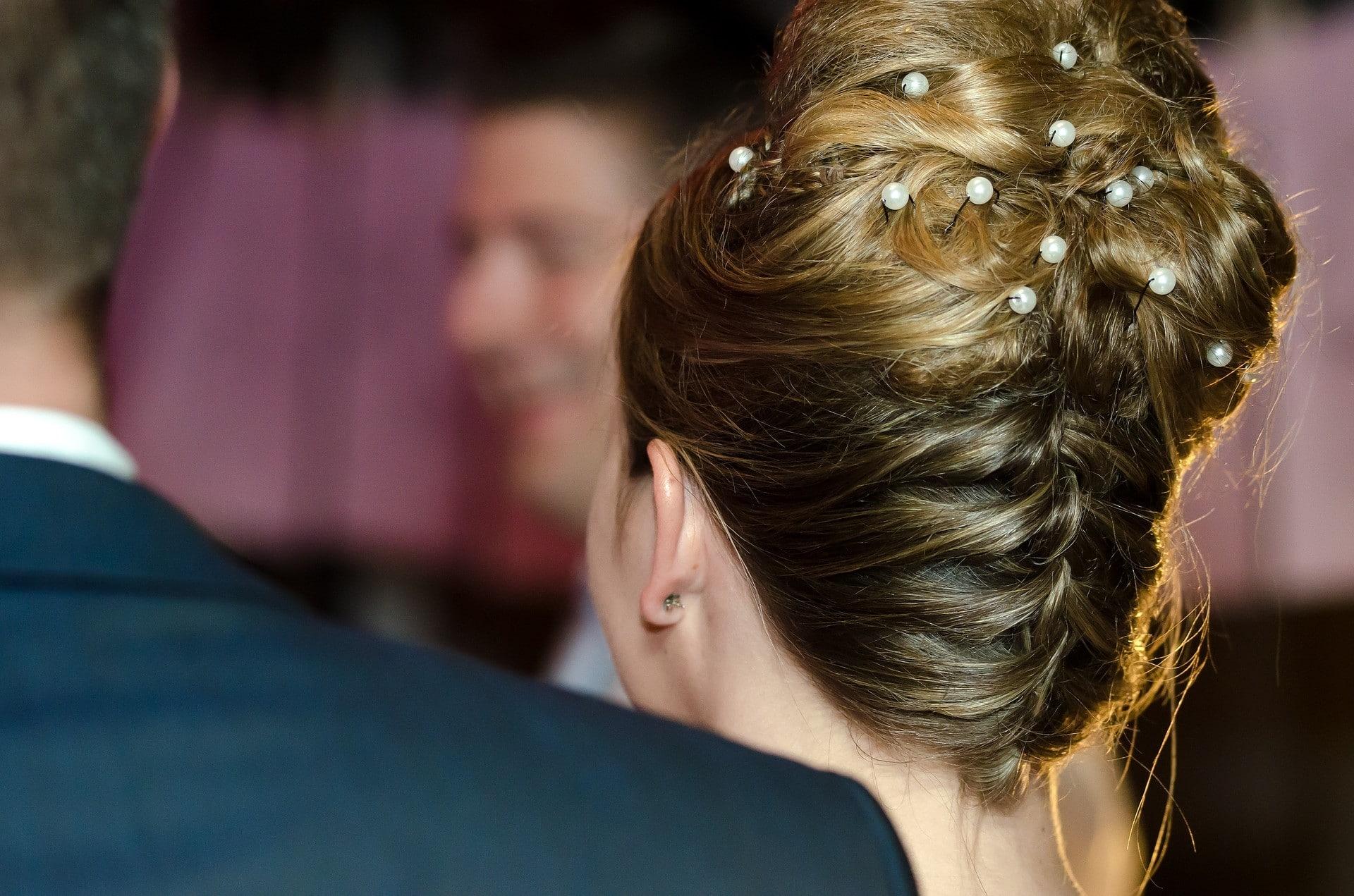 Chignon mariage : une coiffure élégante et féminine pour être la plus belle