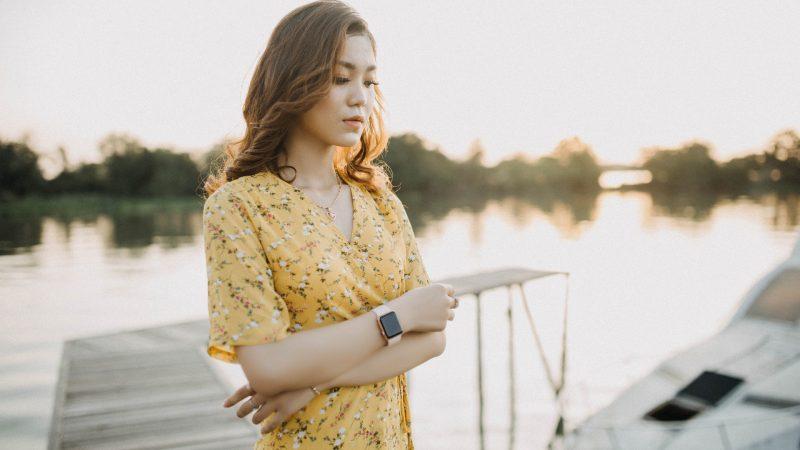 Les robes portefeuille : façons de styliser une robe portefeuille pour la porter toute l'année